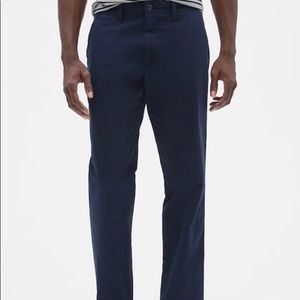 GAP Lived-In Khakis in Straight Fit with GapFlex.
